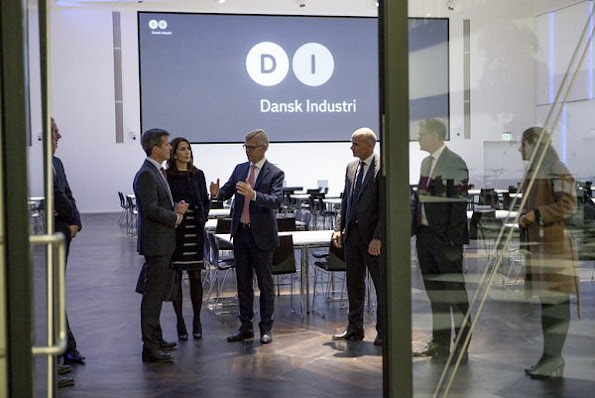 Crown Prince Frederik and Crown Princess Mary visited the headquarters of the Danish industry