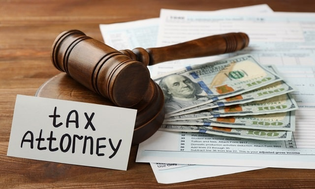 when to hire tax lawyer best taxes attorney