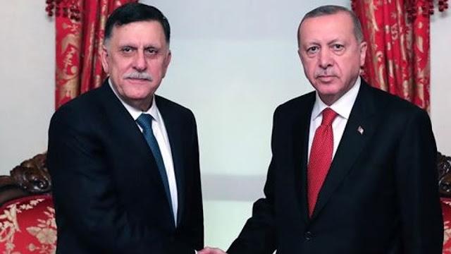 Έκτακτη συνάντηση Ερντογάν-Σάρατζ στην Κωνσταντινούπολη