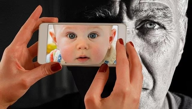 baby become old face image