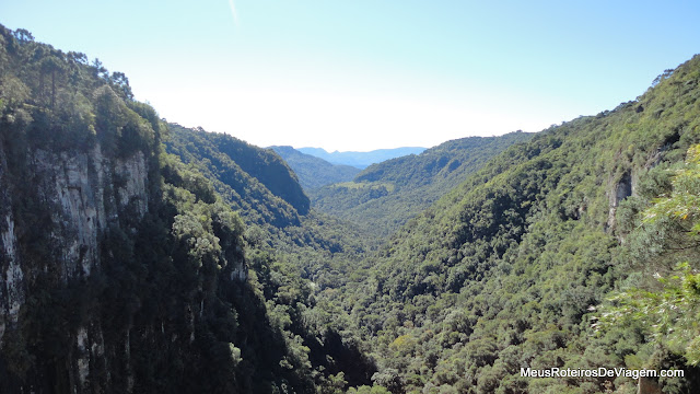 Vista da beirada da Cascata do Avencal - Urubici/SC