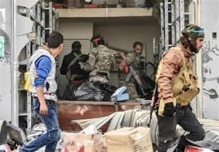 """Turkish Army, Allied """"Militants"""" Exit Center of Afrin"""