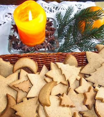 pierniki świąteczne - przepis - smaki prowincji