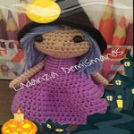 http://www.ravelry.com/patterns/library/brujita-halloween