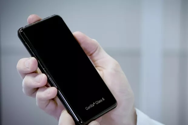 Corning's new Gorilla Glass 6 will let your phone survive 15 drops