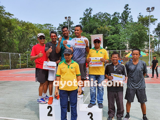 Noor Iman Sabet Gelar Juara Turnamen Tennis Bontang Open 2019