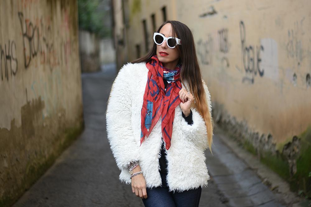 foulard rosso