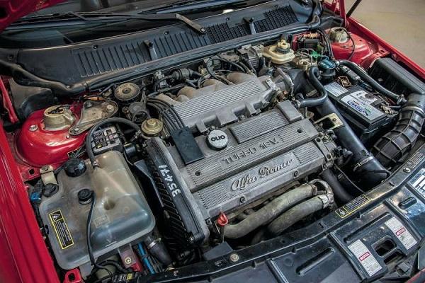 Alfa Romeo 155 GTA Stradale Motor
