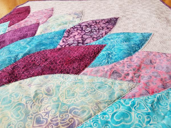 Bloom quilt | DevotedQuilter.com