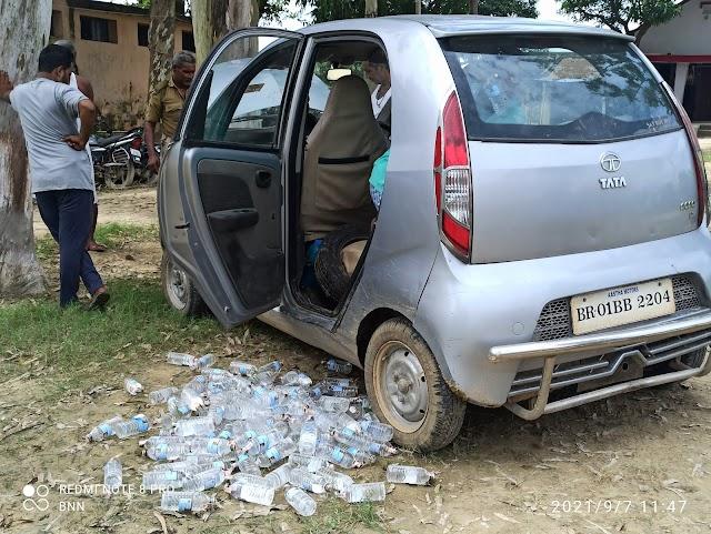 अभी अभी : कटैया मोड़ पर पुलिस ने शराब के साथ दो युवक को किया गिरफ्तार