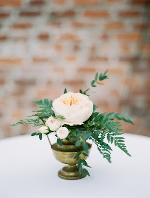 cute small cocktail centerpiece flowers