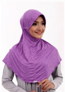 contoh model hijab simple dan praktis 10