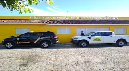 PF cumpre mandados contra crimes de corrupção na prefeitura de Cruz do Espírito Santo