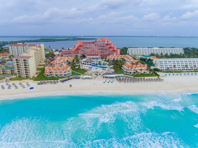 """Omni Cancun Hotel and Villas All Inclusive is a """"Gran Tourism"""" resort nestled between the dazzling Mexican Caribbean and secluded Nichupte Lagoon on Cancun Island."""