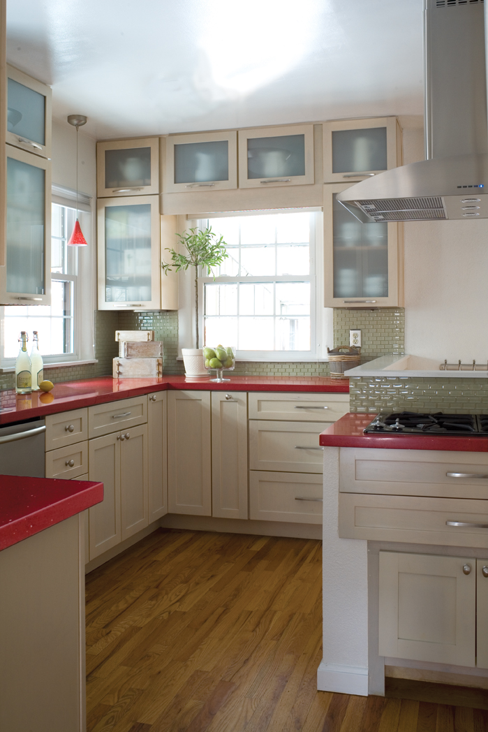 Kitchens With Red Tile