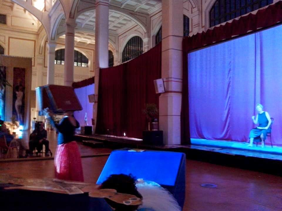 Salotto Viennese Trieste.Nomdeplume Un Venerdi Sera Al Salotto Vienna Di Trieste