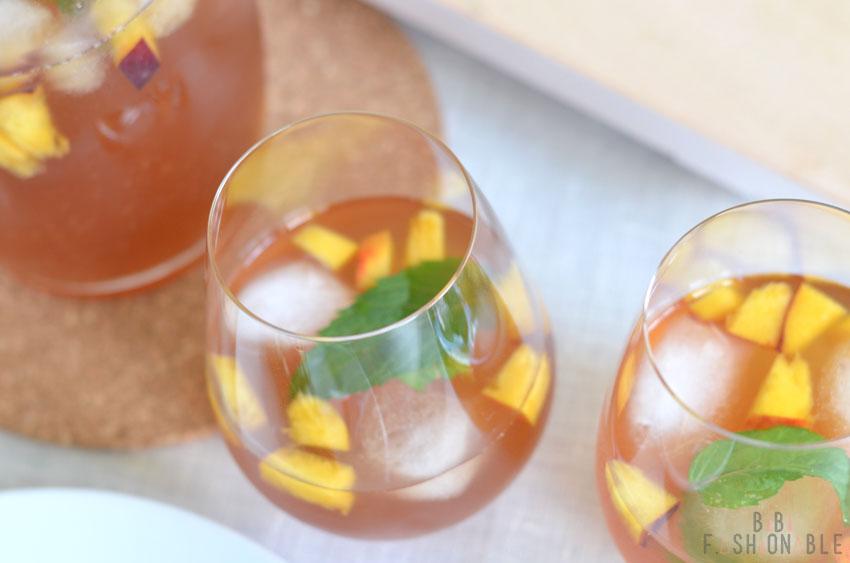 Minty Vanilla Peach Ice Tea von oben