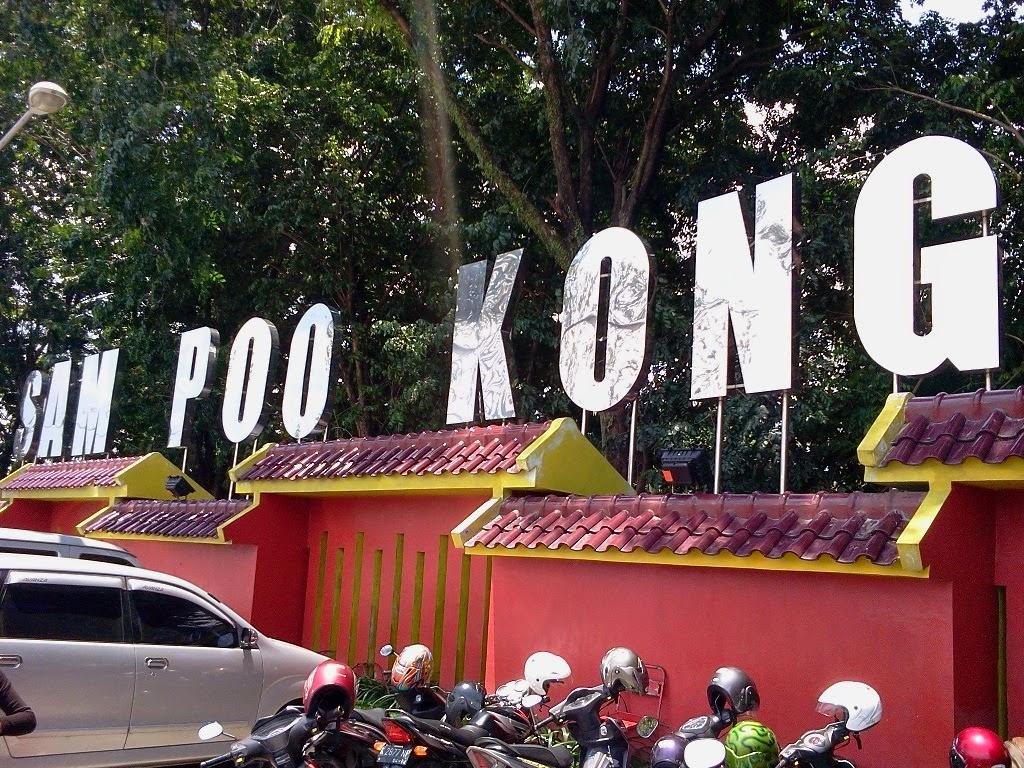 wisata semarang - Kelenteng Gedung Batu Sam Po Kong Semarang