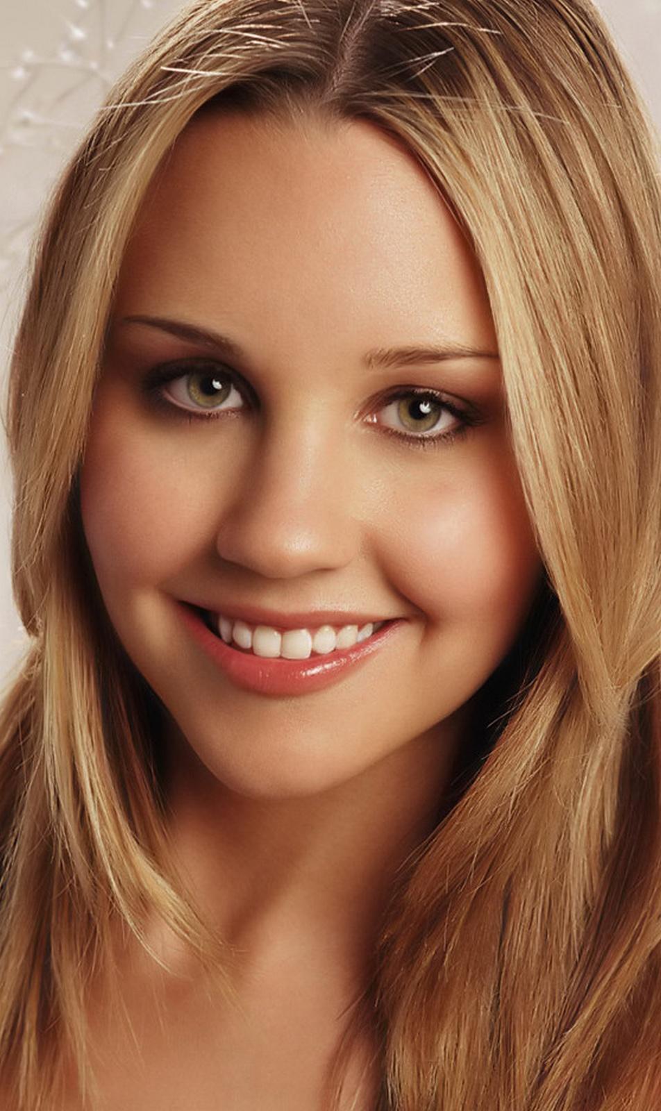 Amanda Laura Bynes