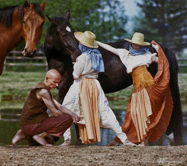 """Tērpi, Ilze, Līdere. Fotosesija plakātam """"Rīgas Modes"""", 1987 (фото: Maris Bogustovs)"""