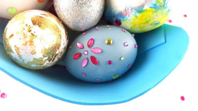 huevos de pascua easter eggs