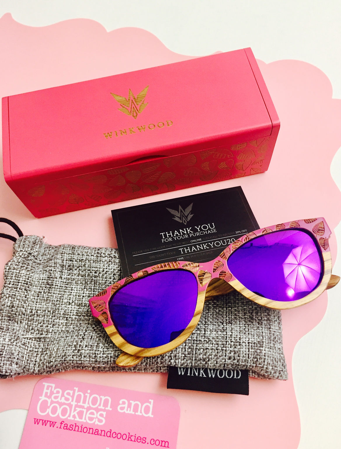 Winkwood Autumn Tale sunglasses on Fashion and Cookies fashion blog, fashion blogger style