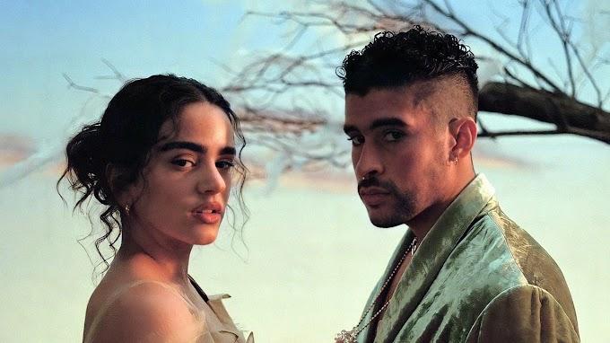 """Bad Bunny y Rosalía casi se besan en el video de """"LA NOCHE DE ANOCHE"""""""