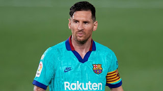 Messi rumoured to still consider himself a free agent and want Manchester City move