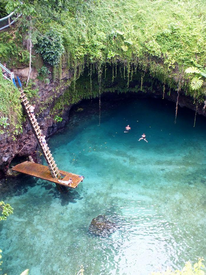 Curiosidades del mundo to sua ocean trench un lago for Cabine del lago hyatt