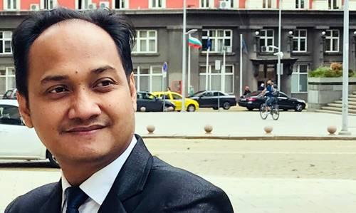 """Senator DPD RI Asal Aceh:  Calon Ketua DPD RI 2019-2029 Jangan """"Jualan Es Di Musim Hujan"""""""