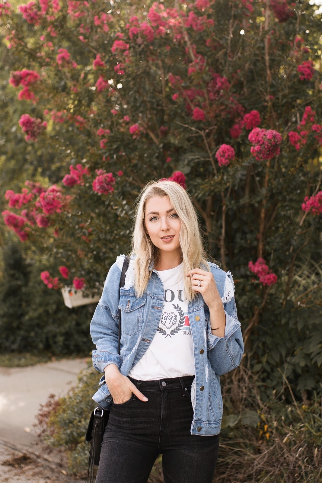 graphic tee + oversized jean jacket