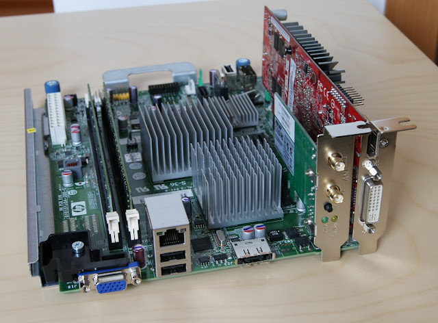 Placa base MicroServer N40L (N54L) con HD 6450 LP