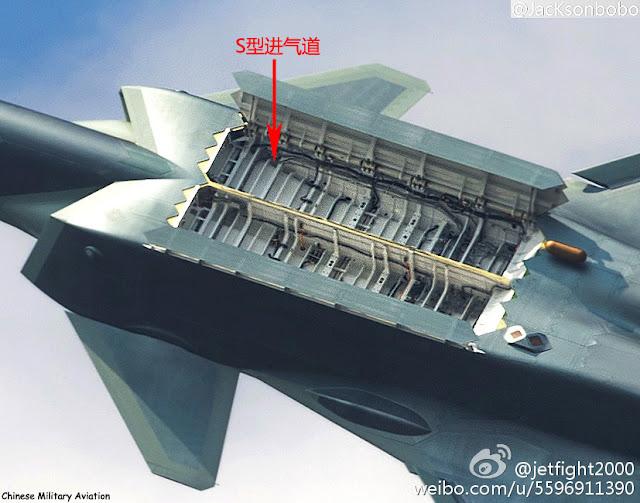 المقاتلة الصينية J-20 Mighty Dragon المولود غير الشرعي - صفحة 2 PLAAF%2BJ-20%2Binternal%2Bweapon%2Bbays%2B3