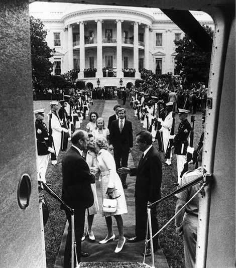 Richard Nixon leaving White House