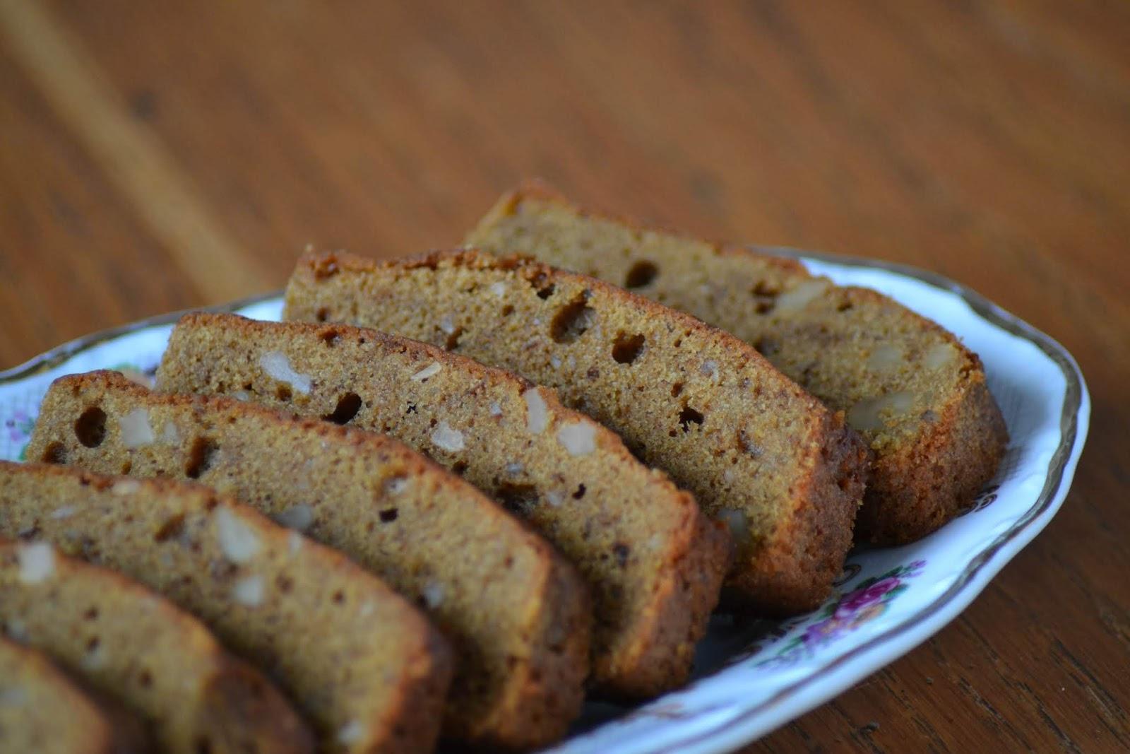 Ga naar het recept voor cake met walnoten en koffie