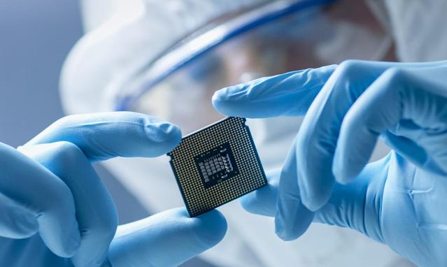 在競爭激烈的PCB產業,研發與製程know-how是企業核心競爭優勢(來源:Shutterstock)