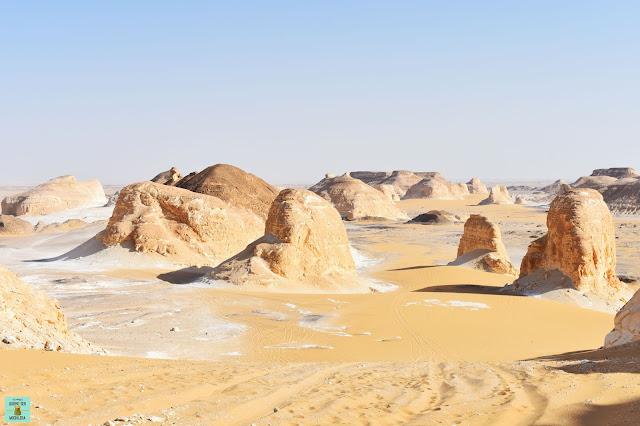 Valle de Agabat en el desierto de Egipto