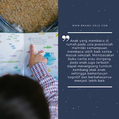 Aktivitas membaca dapat membantu anak belajar pada masa perkembangannya
