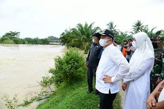 Tanggap Darurat Banjir, Bupati Batu Bara Tinjau Bendungan Sungai