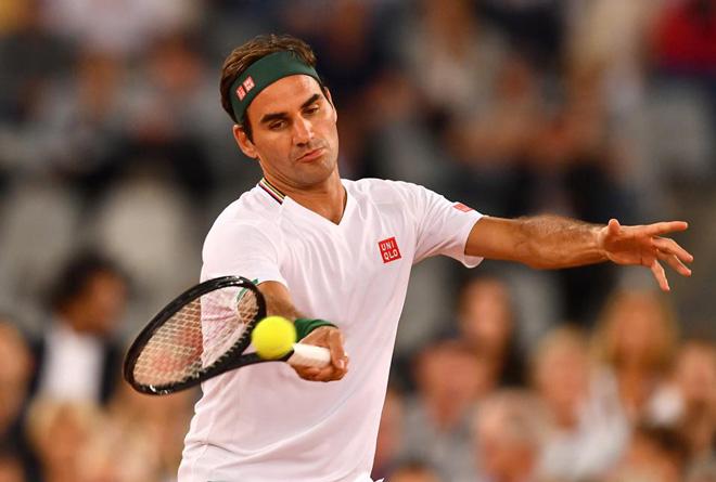 Federer đã bắt đầu tập luyện trở lại