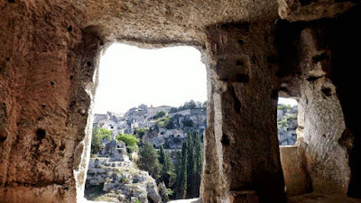 Gravina, grotte,caverne