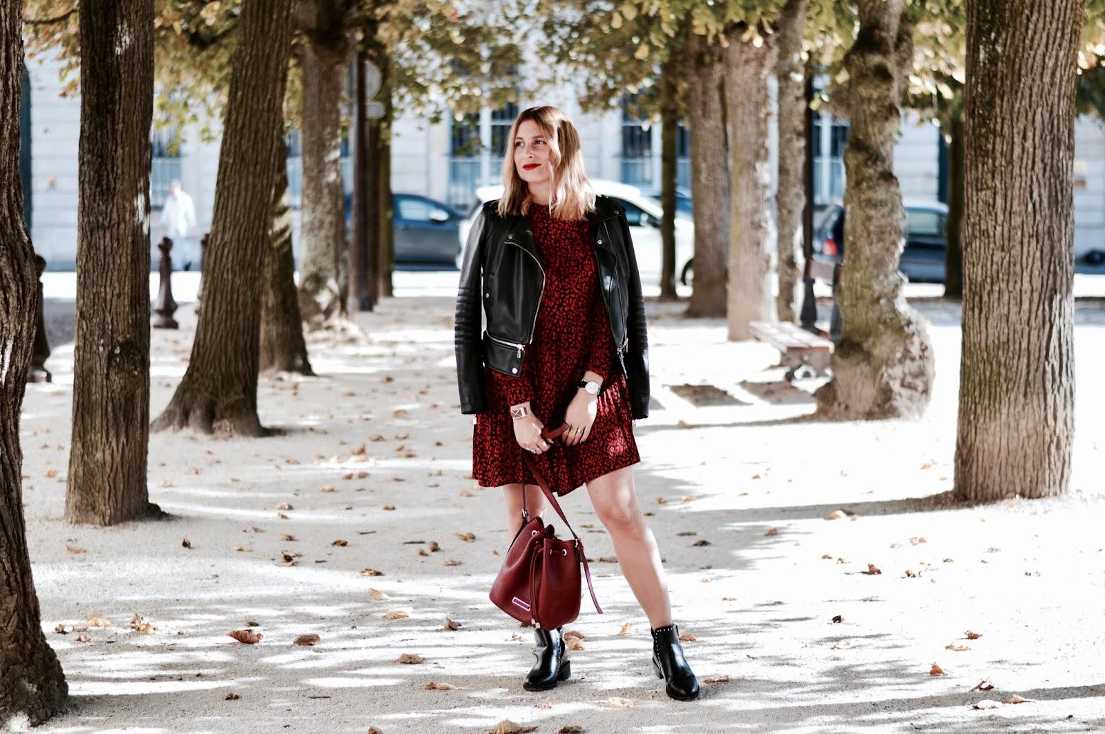 look rock automne : robe rouge et noir