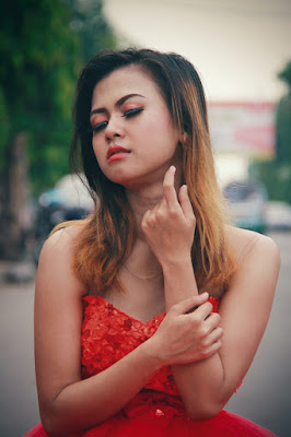 Cewek Manis Seksi Tamy Oktaviani model cantik