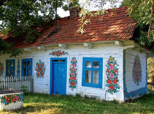 Malowanie domów w kwiatowe wzory zaczęło się w Zalipiu w XIX w. i trwa nieprzerwanie do dziś.