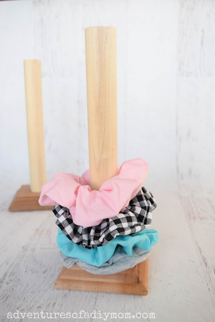 how to make a scrunchie holder