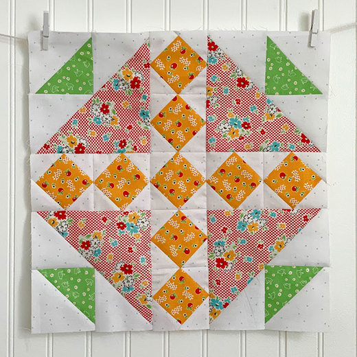 Around the Corner Quilt Block designed by by Lori Holt of Bee in my Bonnet