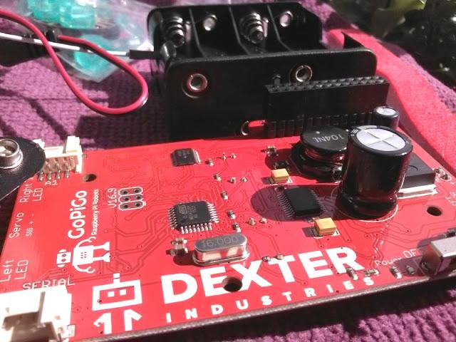 The Encephalon Of The Gopigo Board Is An Atmega328 Microcontroller - Usage 8