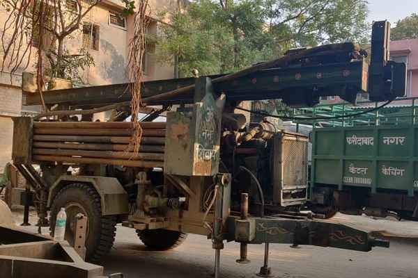mcf-old-recovered-machine-used-in-illegal-boring-sector-20-a-faridabad