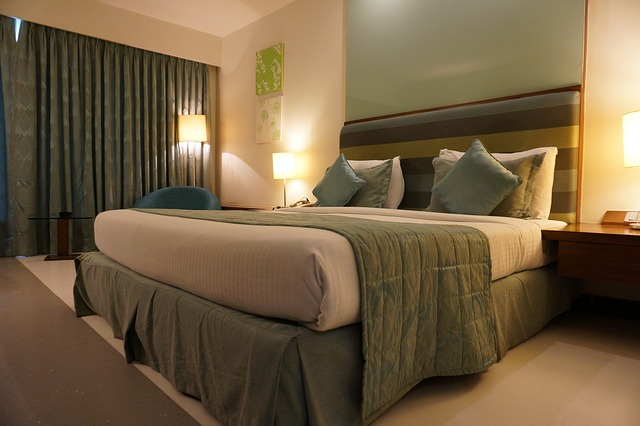 get luxury hotel at lower price