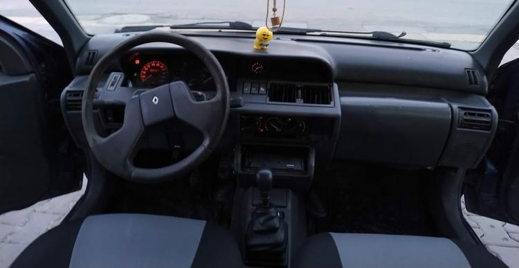Renault Clio 1 içi